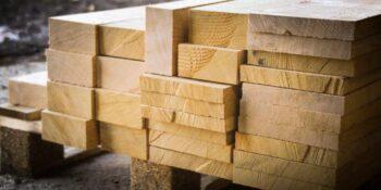 Fenyő fűrészáru, építő minőség